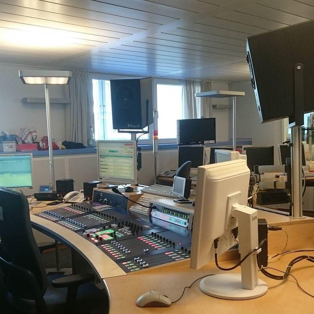 B5 Studio