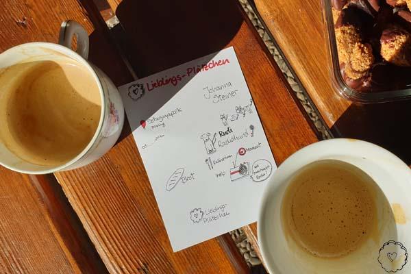 zwei kaffeetassen und die sketchnotes